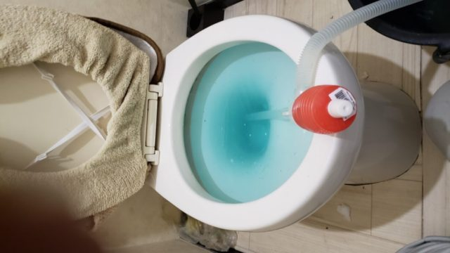 プロが教える!トイレつまりをお湯で解消する手順とコツ