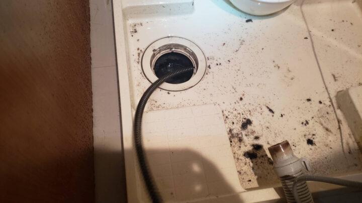【横浜市保土ヶ谷区修理事例】洗濯機の水漏れやつまり